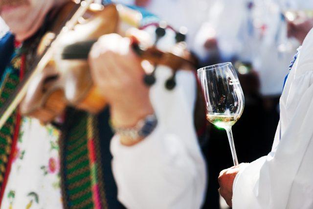 I v Praze si můžete užít vinobraní s cimbálovkou  (ilustrační foto) | foto: Profimedia